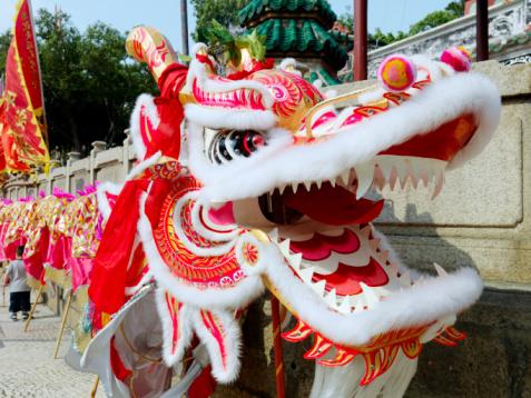 Новый год дракона (как встречать и праздновать)